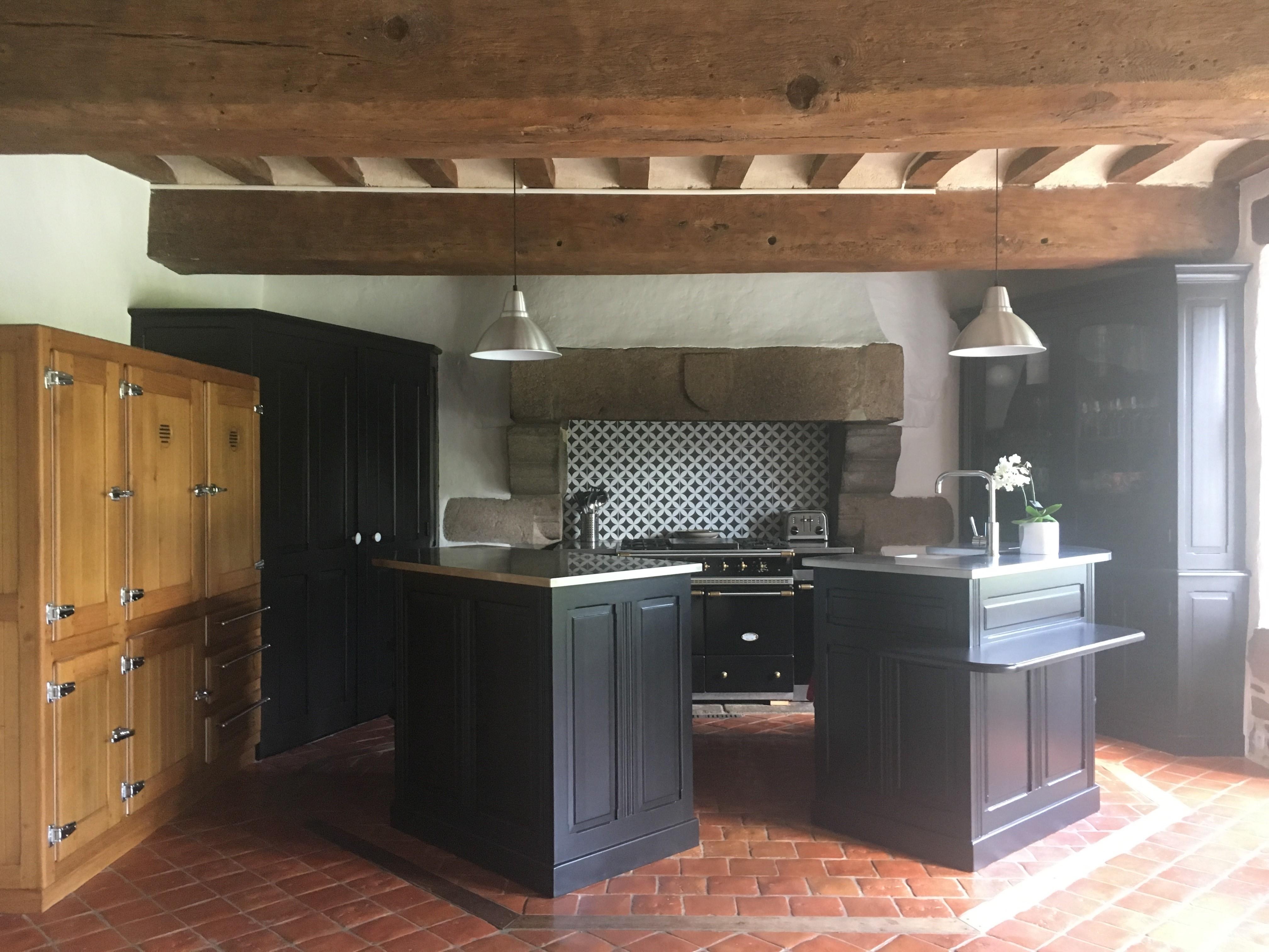 Relooking cuisine dans manoir 17è siècle